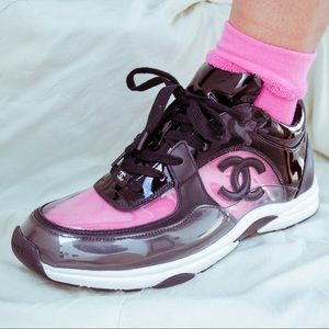 Chanel cc logo sneaker transparent black